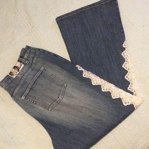 Crest Lace Trim Flare Jeans